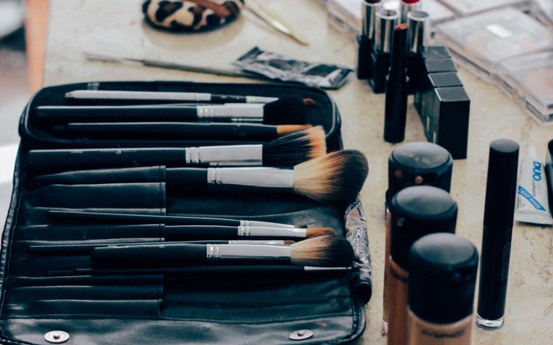 Szukasz dobrej bazy pod makijaż? Sprawdź Ranking 2020!